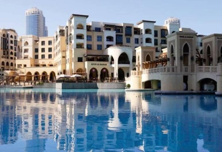 Piks Key - Al Tajer Old Town Island, Dubai, Exterior