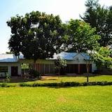 Decha Guest Lodge