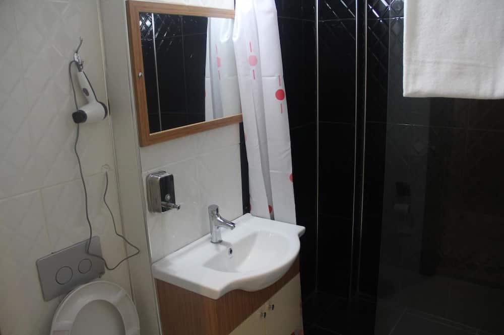 Standard-Doppelzimmer zur Einzelnutzung, 2Einzelbetten - Badezimmer