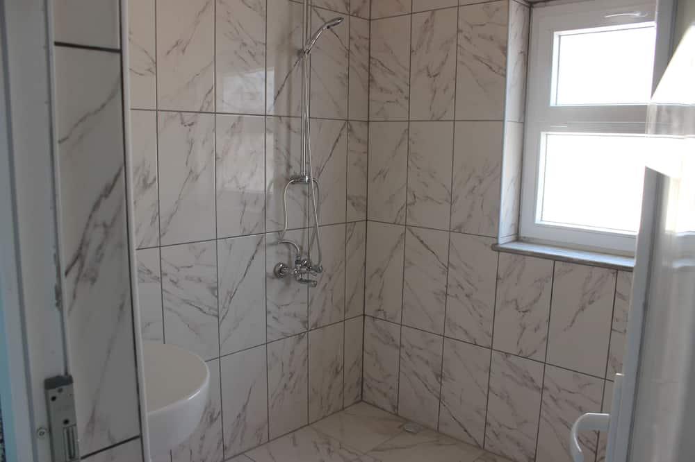 Basic Shared Dormitory, Men only - Bathroom