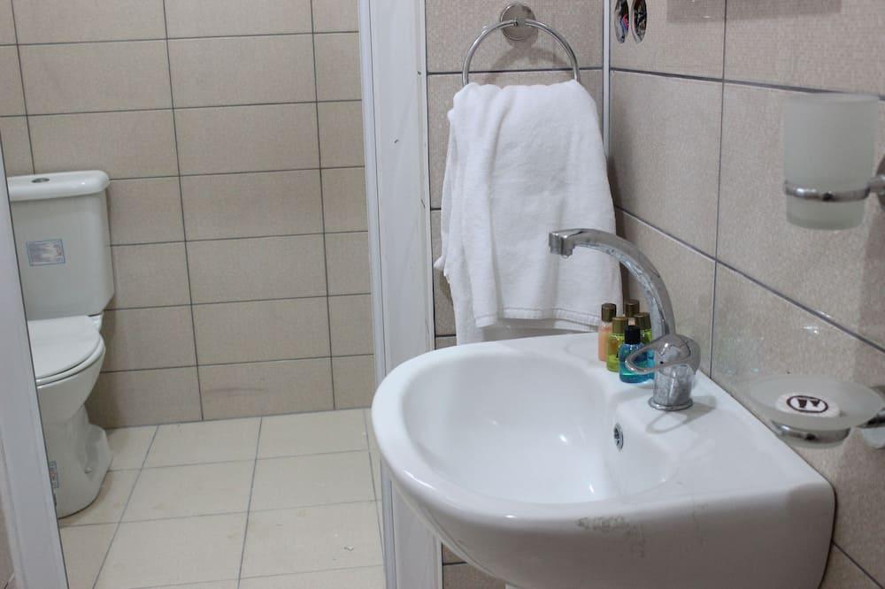 Basic Shared Dormitory, Men only - Bathroom Amenities