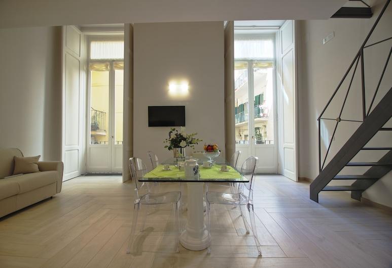 達烏里亞宮殿酒店, 那不勒斯, 豪華套房, 客廳