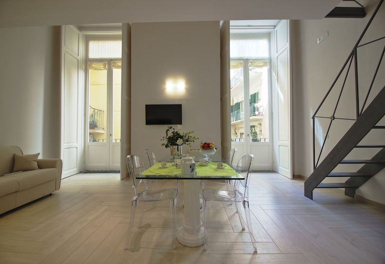 Palazzo d'Auria, Naples, Deluxe Suite, Living Area