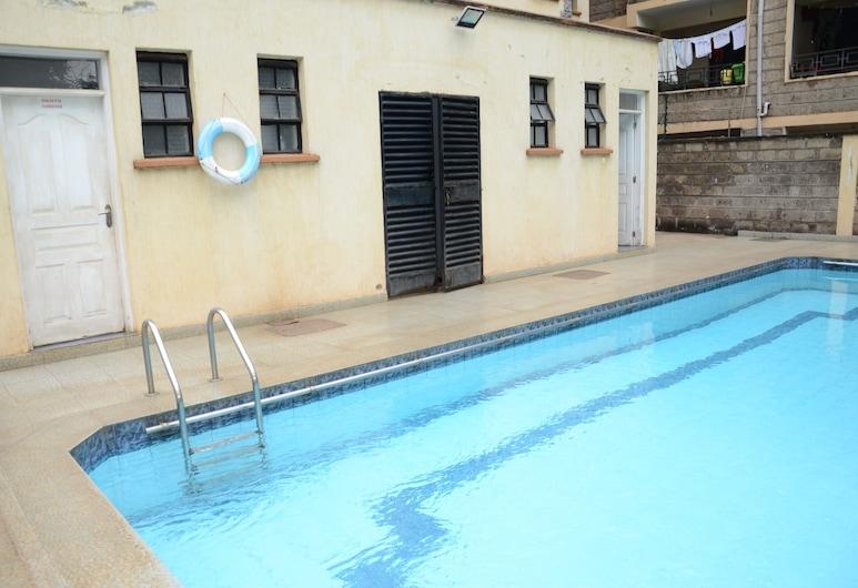 Thomson Court, Nairobi, Outdoor Pool