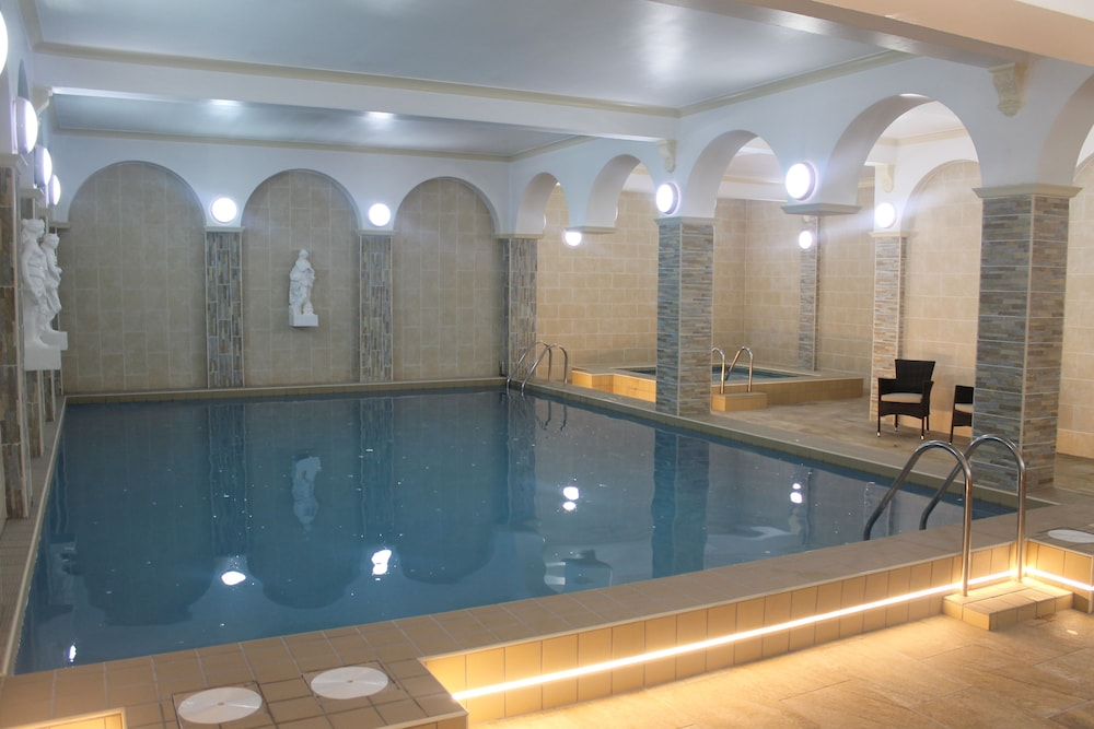 Chatsworth House Hotel, Llandudno, Indoor Pool