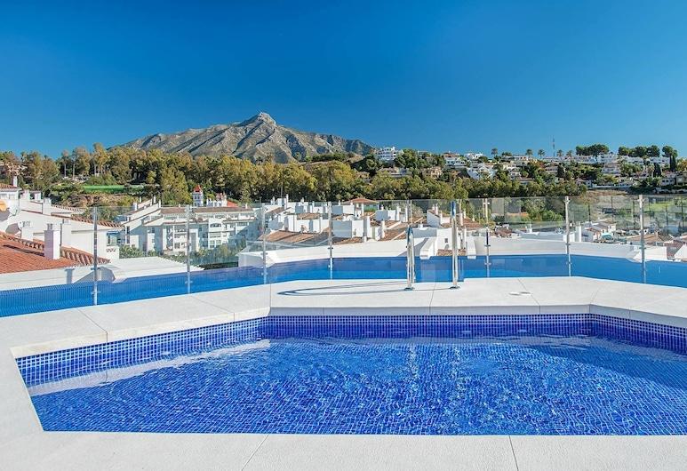 ALB-Luxury 3 bedroom apt Nueva Andalucia, Marbella