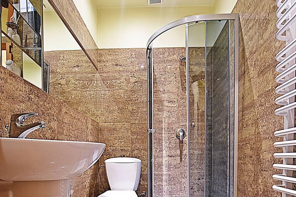 Chambre Double Confort, 1 grand lit, vue jardin - Salle de bain