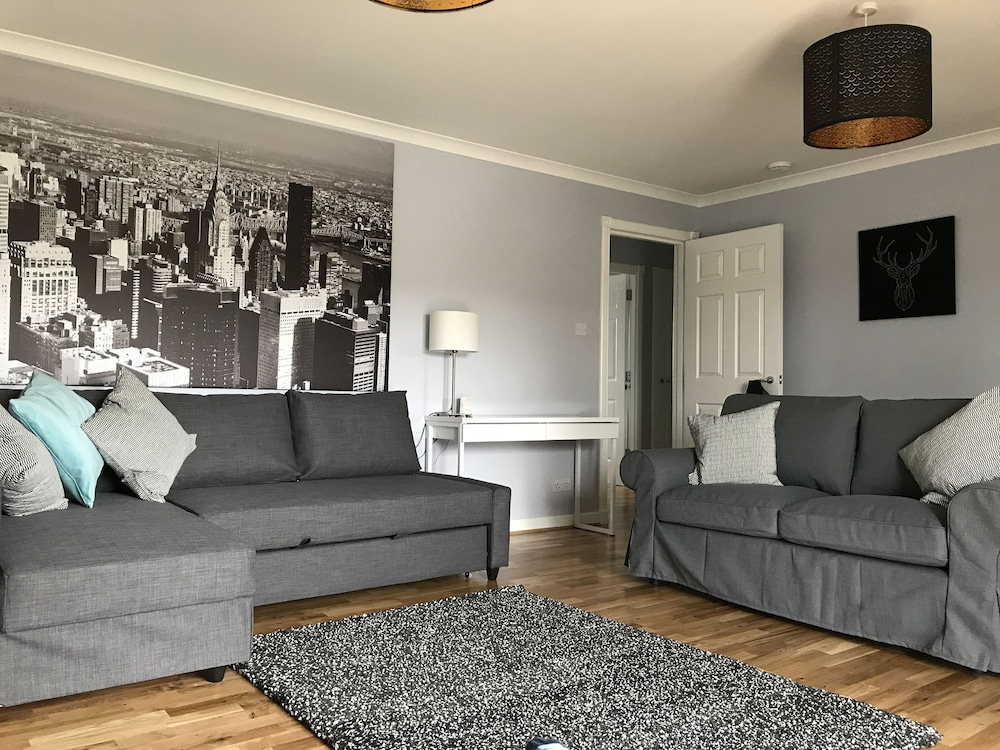 Serviced Apartments East Kilbride Glasgow Superior Apartment