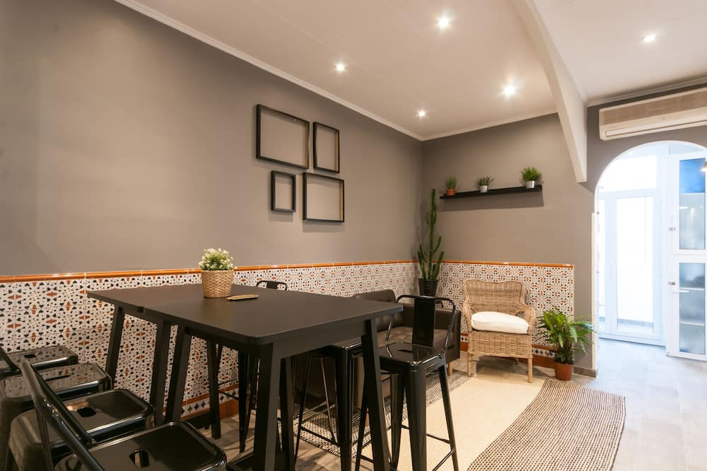 Apartament rodzinny, 4 sypialnie - Salon