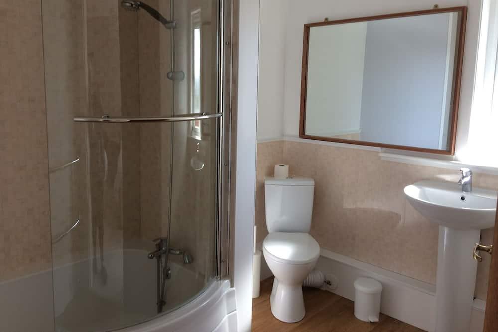 Номер з 2 односпальними ліжками (Room 2) - Ванна кімната