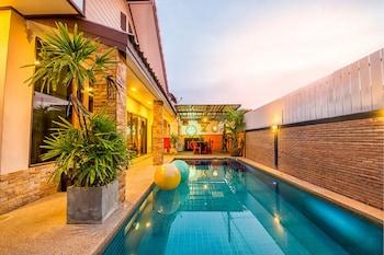 Picture of Baan Por Jai HuaHin Pool Villa in Hua Hin