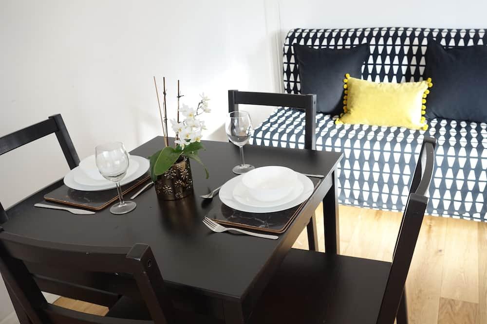 Comfort Double Room, 1 Bedroom (Room 2) - Shared kitchen facilities