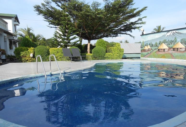 羅文佩克渡假村, 三蘭港, 室外游泳池