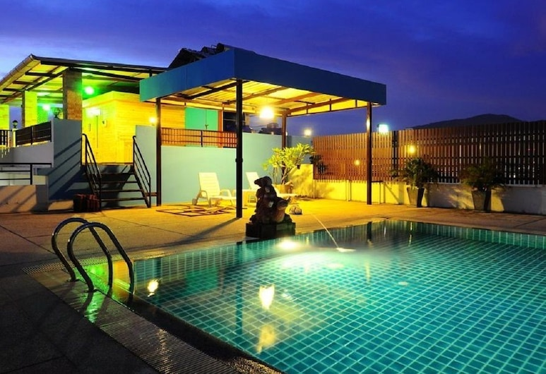 Hawaii Patong Hotel, Patong, Zwembad op dak