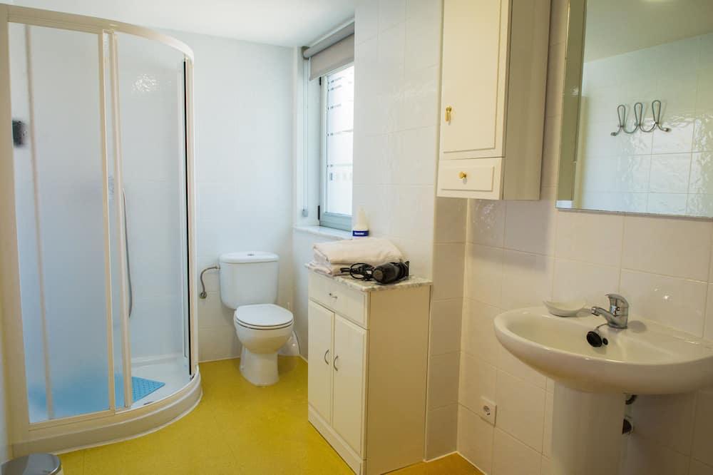 Fælles sovesal - mænd/kvinder - fælles badeværelse (1 bed in 6 bed dorm) - Badeværelse