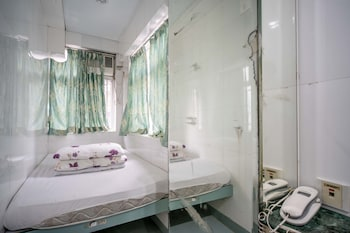 Picture of Cosmic Guest House in Kowloon