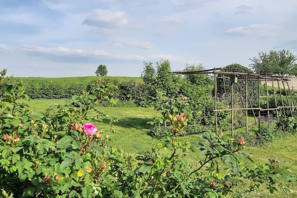 Rekreační domek (du Jardinier) - Výhled do zahrady