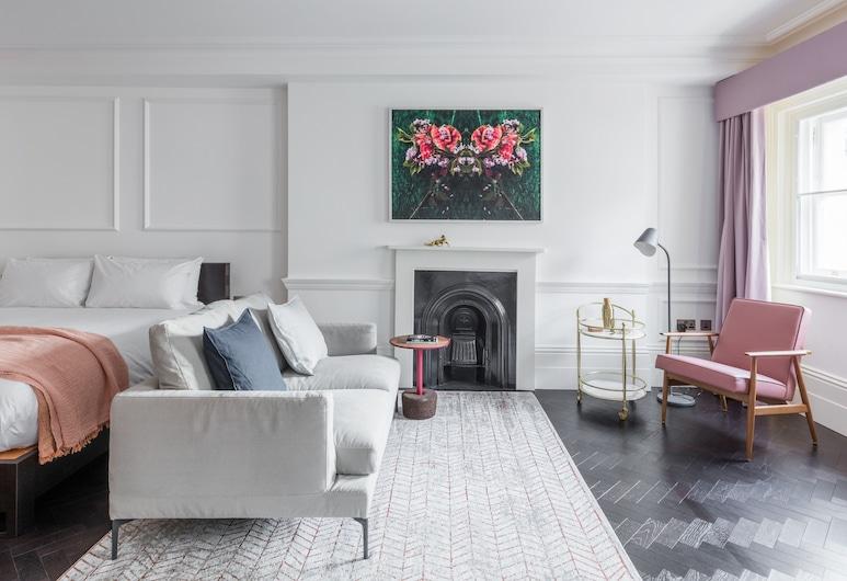 The Moorgate, London, Superior Studio, Room