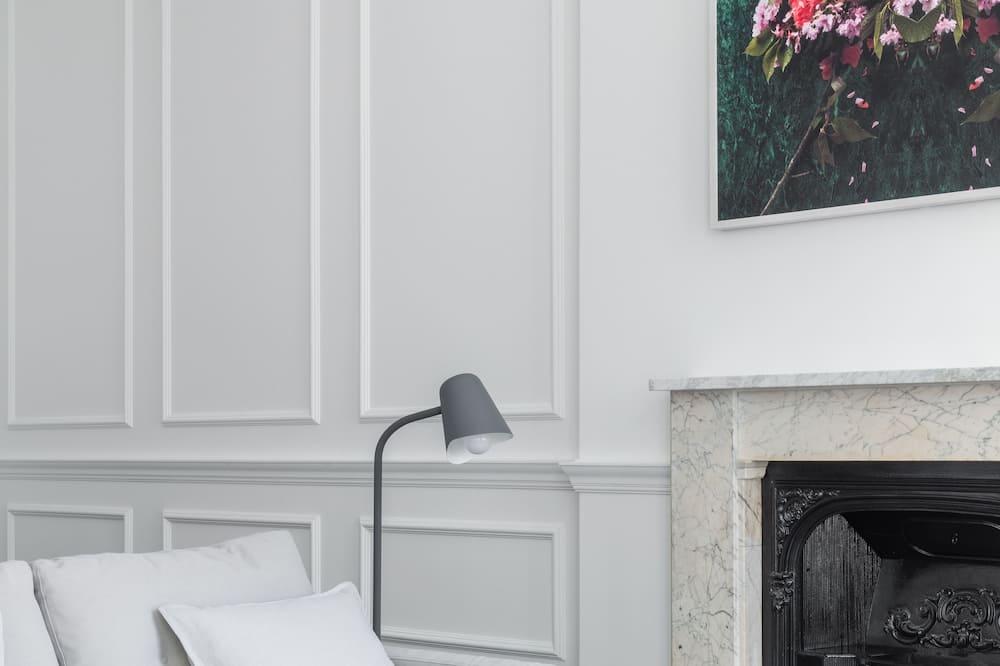 Superior Studio, Accessible - Living Area