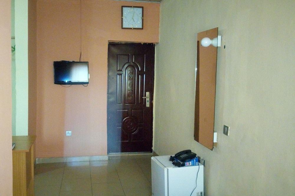 Elite Room - Bilik Tamu