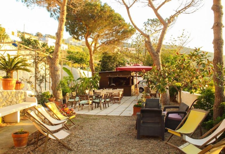 Villa Pina, Ponza, Taras/patio