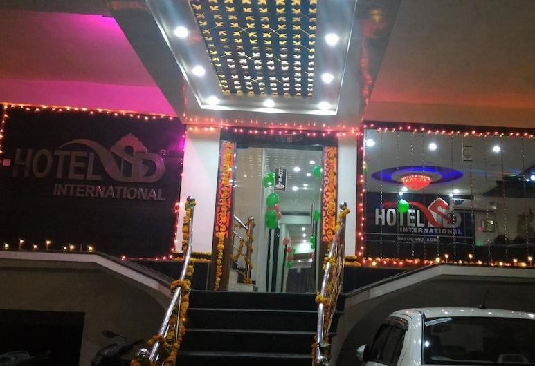 Hotel SD International, Agra, Hotel Entrance