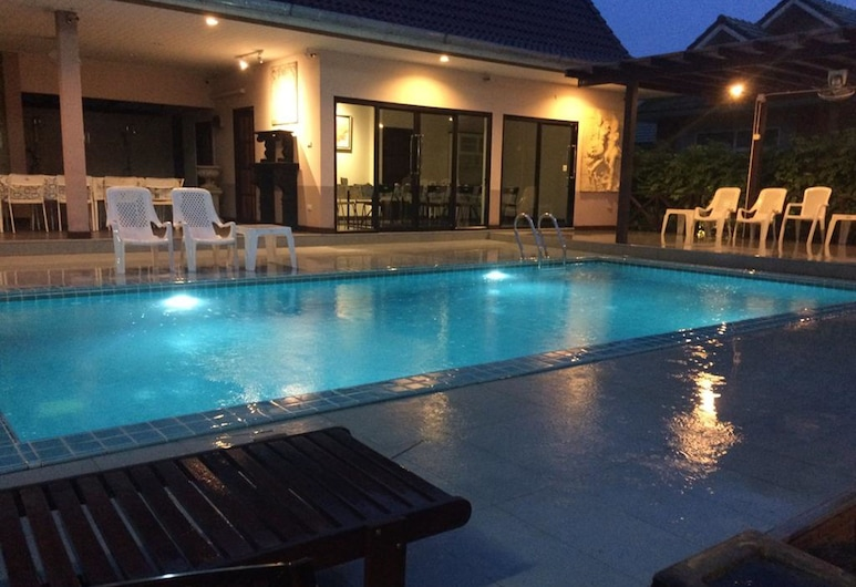 Suporn Lakeview Service APT & Homestay, Trakan Phuet Phon, Basen odkryty