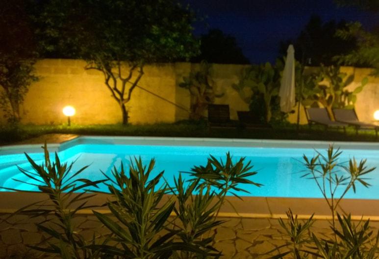 B&B Villa Romina, Lecce, Außenpool