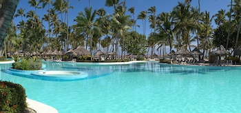 15 Closest Hotels to Dolphin Island in Punta Cana | Hotels com