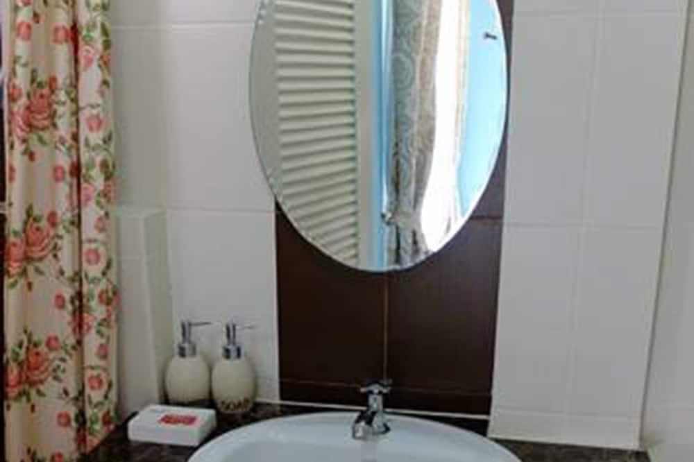 Kamar Double Superior - Kamar mandi