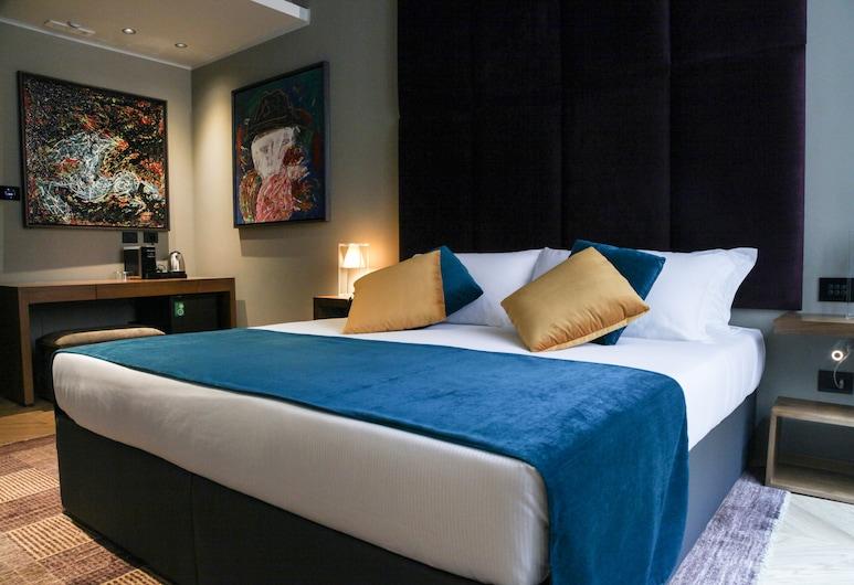Triviho Hotel, Rím, Dvojlôžková izba typu Deluxe, Hosťovská izba