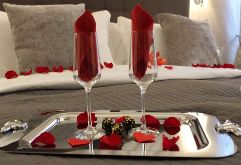 河畔奢華套房酒店, 羅馬, 雙人房, 客房內用餐