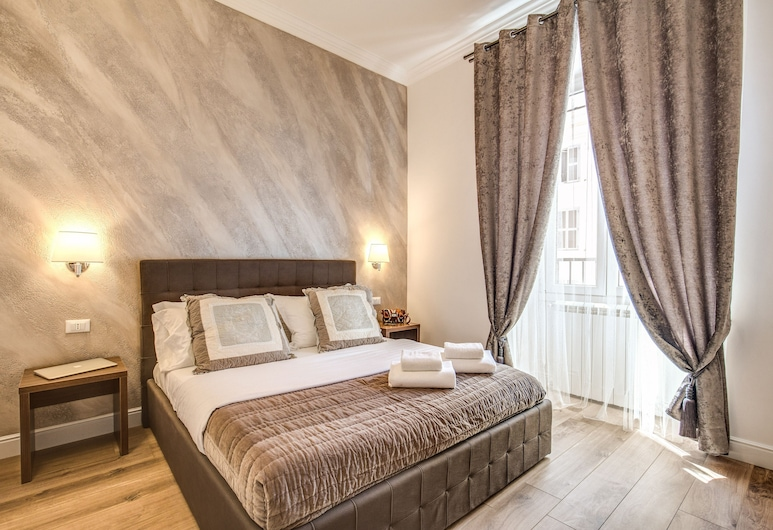 River Luxury Suites, Rome, Standard Double Room, Guest Room