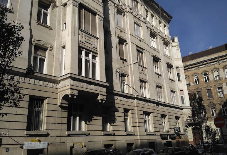 Roland Apartments, Budapeštas, Apgyvendinimo įstaigos fasadas