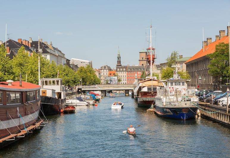 citizenM Copenhagen Radhuspladsen, Kodaň, V okolí