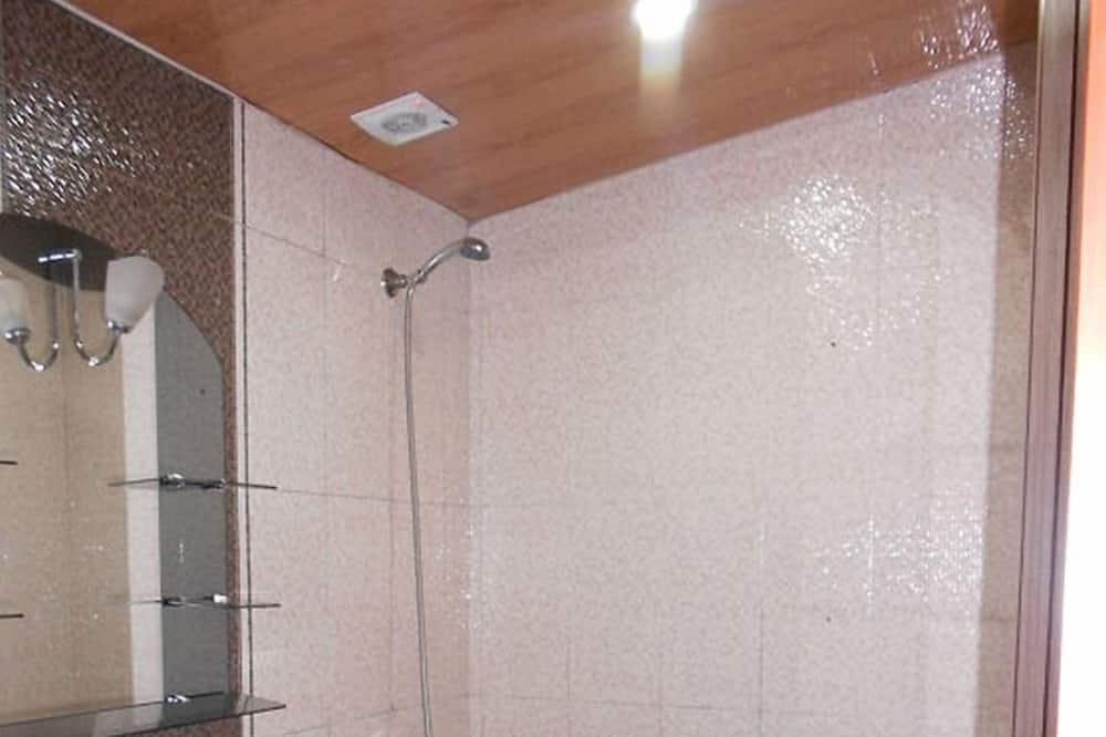标准房, 多间卧室 - 浴室