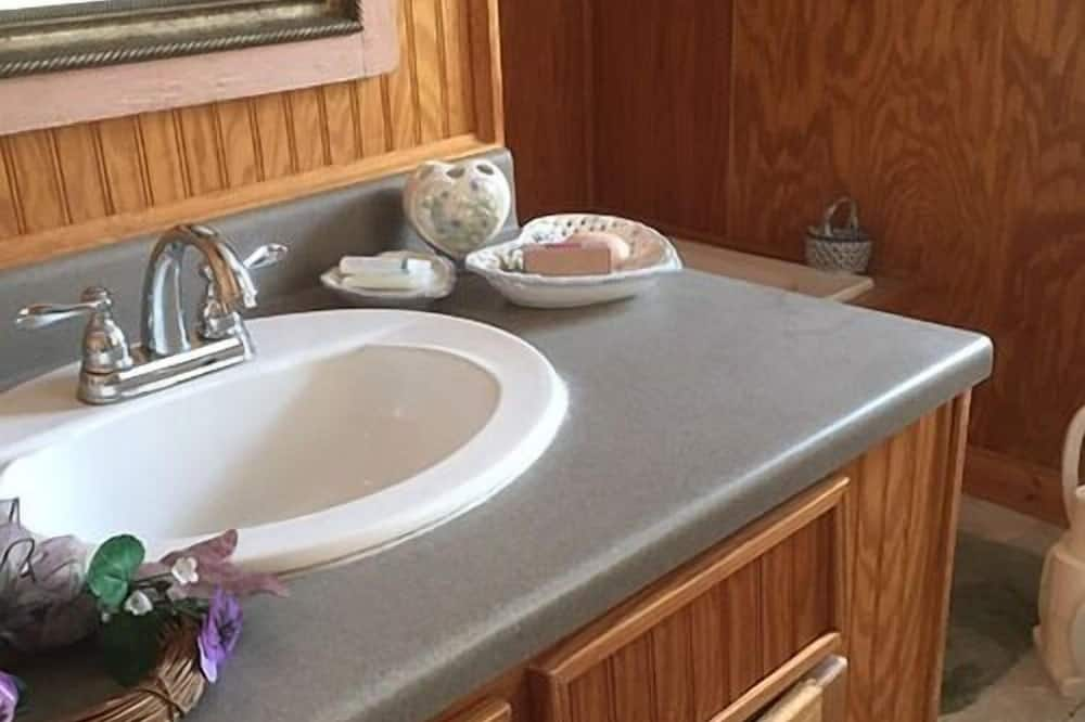 Superior Double Room, Ensuite, Garden View (Andante Agave Room) - Bilik mandi