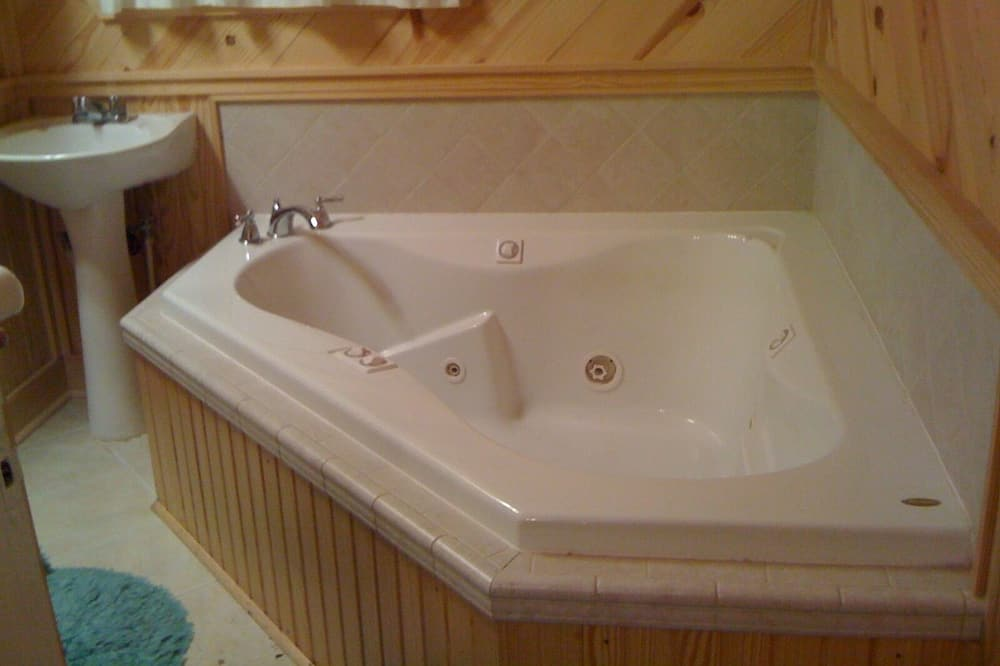 Superior Suite, Ensuite, Courtyard View (Allegretto Jalapeno Suite) - Bilik mandi