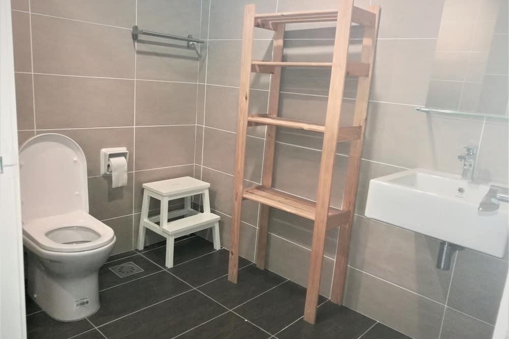 Studio Room - Bathroom
