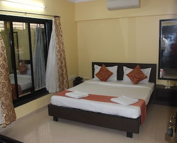 15 Closest Hotels To Kolkata Remount Road Station In Kolkata