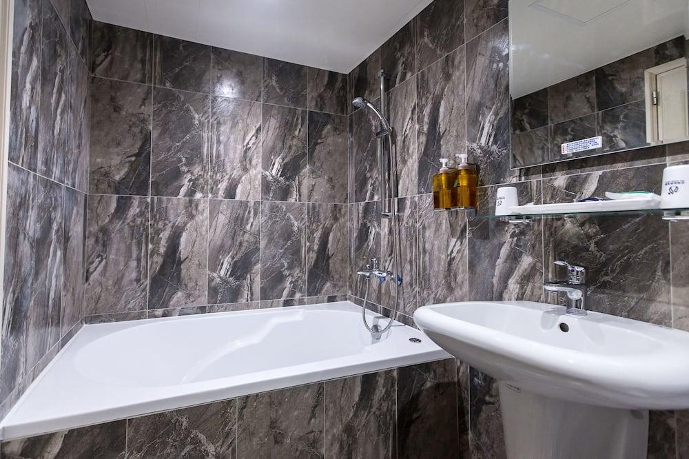 商務雙人房, 1 張加大雙人床 - 浴室