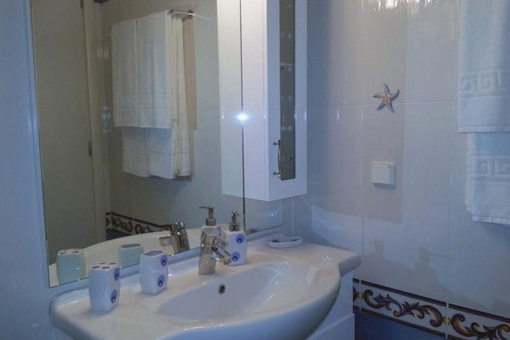 Apartment, 2 Bedrooms, Sea View - Bathroom