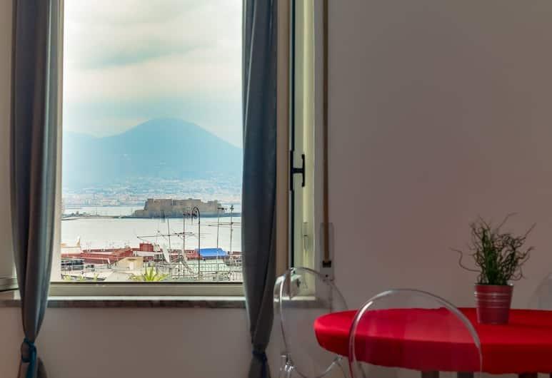 Apartment - Rampe S.Antonio II BH 93, Naples, Apartemen, 1 kamar tidur, Pemandangan dari kamar