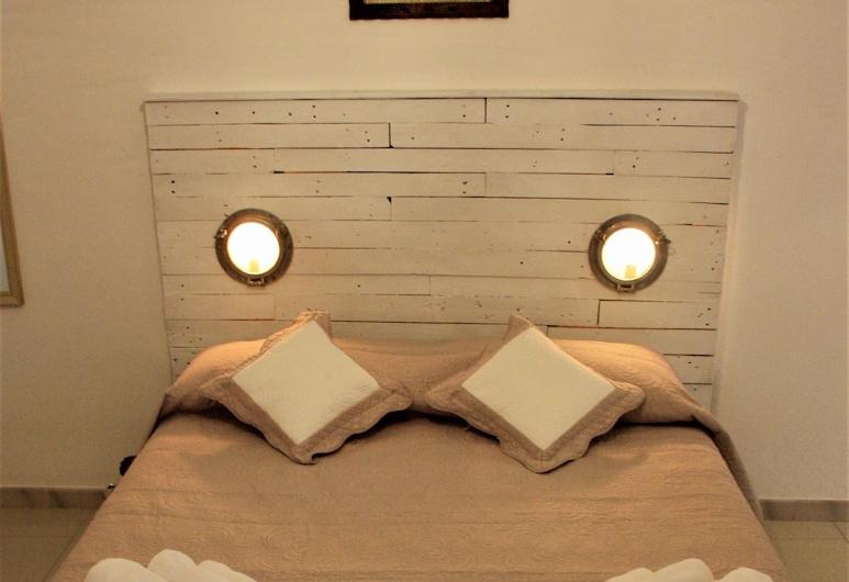 Casa Gandamar B&B, Santa Teresa di Gallura, Classic Double Room, City View, Guest Room