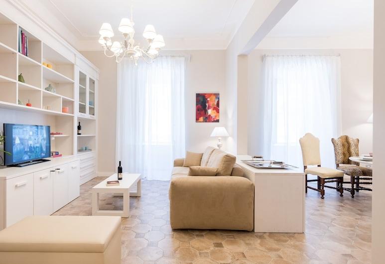 Altarocca Embassy Rome, Rom, Apartment, 2Schlafzimmer, 2 Bäder (Piazza Sallustio 3), Wohnbereich
