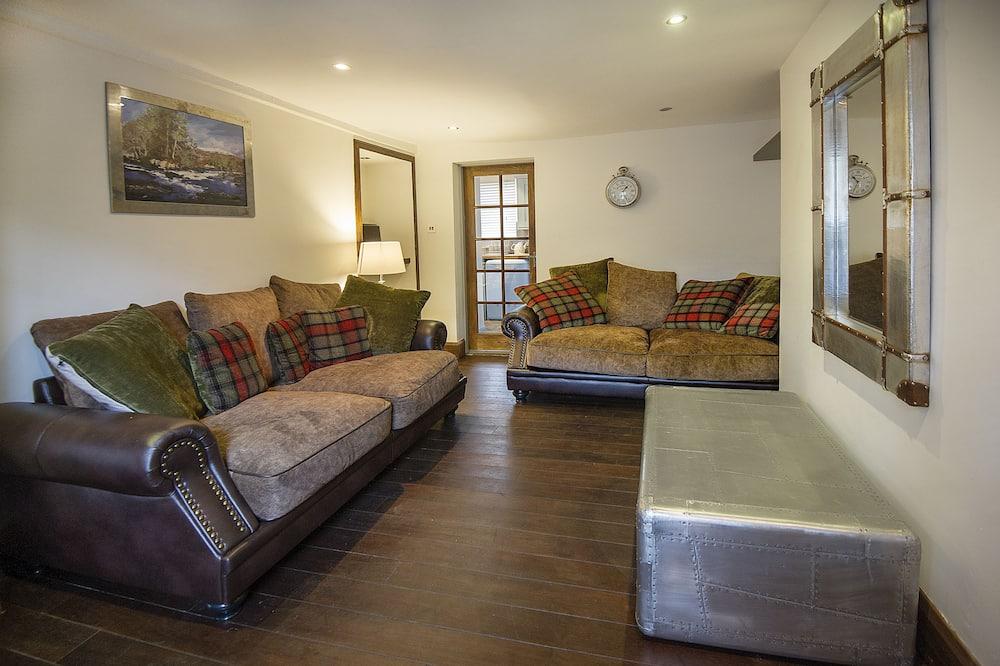 Cottage, 3 Bedrooms - Living Room