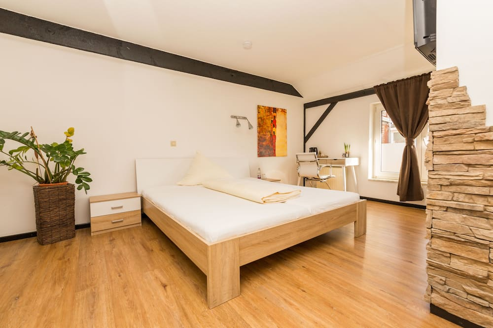 Standard Double Room, Private Bathroom, Courtyard View - Guest Room