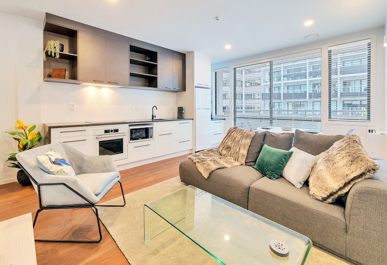 Chic & Stylish Apartment with Free Parking, Auckland