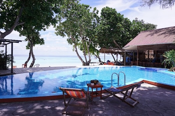 Picture of Dong Talay Lipe Beach Resort in Satun