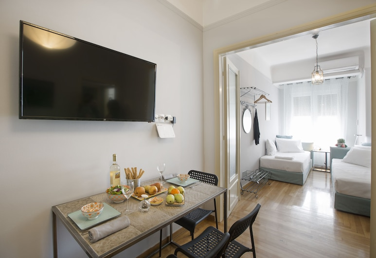Attractive flat near Acropolis Museum, Athens